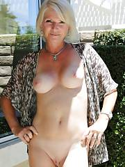 Nice mature in pic