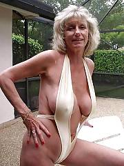 Pic with sexy mother