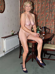 Horny mature sluts live on free adult webcams Join Here