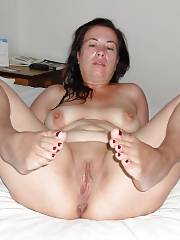 Bbw mom mature chubby meaty pussy toes