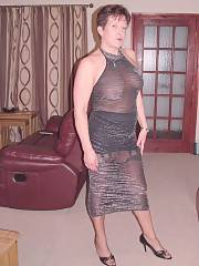 Sexy mature dressed for a adorable night