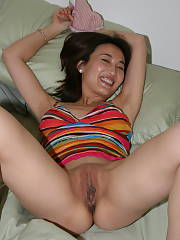 Chinese mom spreads