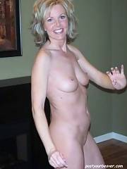 Sexy mature in this incredible private photo