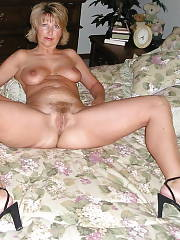 Mature blonde milf with fine tits and cunt