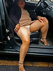 Latina mature whore pissing