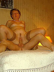 Granny toying herself and blowing cock, i would tap it