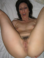 Giving my wifey a fast fuck. enjoy when she sixty nines me and takes my dick deep in her throat.