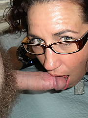 See this soccer mamma take in all off, cumment if you like!!