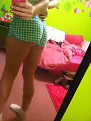 Tight 20 year old teen who enjoyed to sext me all these naked photos of her.