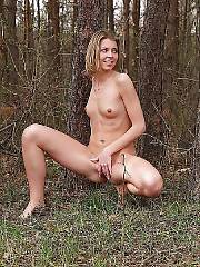 Blondi in the woods