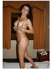 Sexy brunette ana