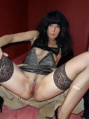 Homemade porn photos of mature babe