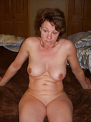 Horny wifey linda suck pecker and wanking pussy.