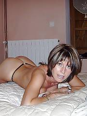 Hot sexy old MILF from the net.