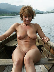 Sexy MILF miss k at the wolfgangsee.