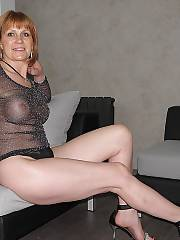 Hotlegs-sexy amateur mature.