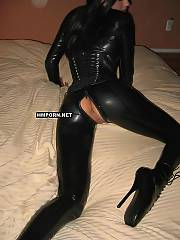 Elegant cat lady likes to wear fetish latex costume and gives outstading oral jobs ever - amateur sex pictures