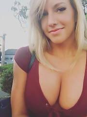 Exposed Amateur and Girlfriends titties Amateur MILF big Boobs